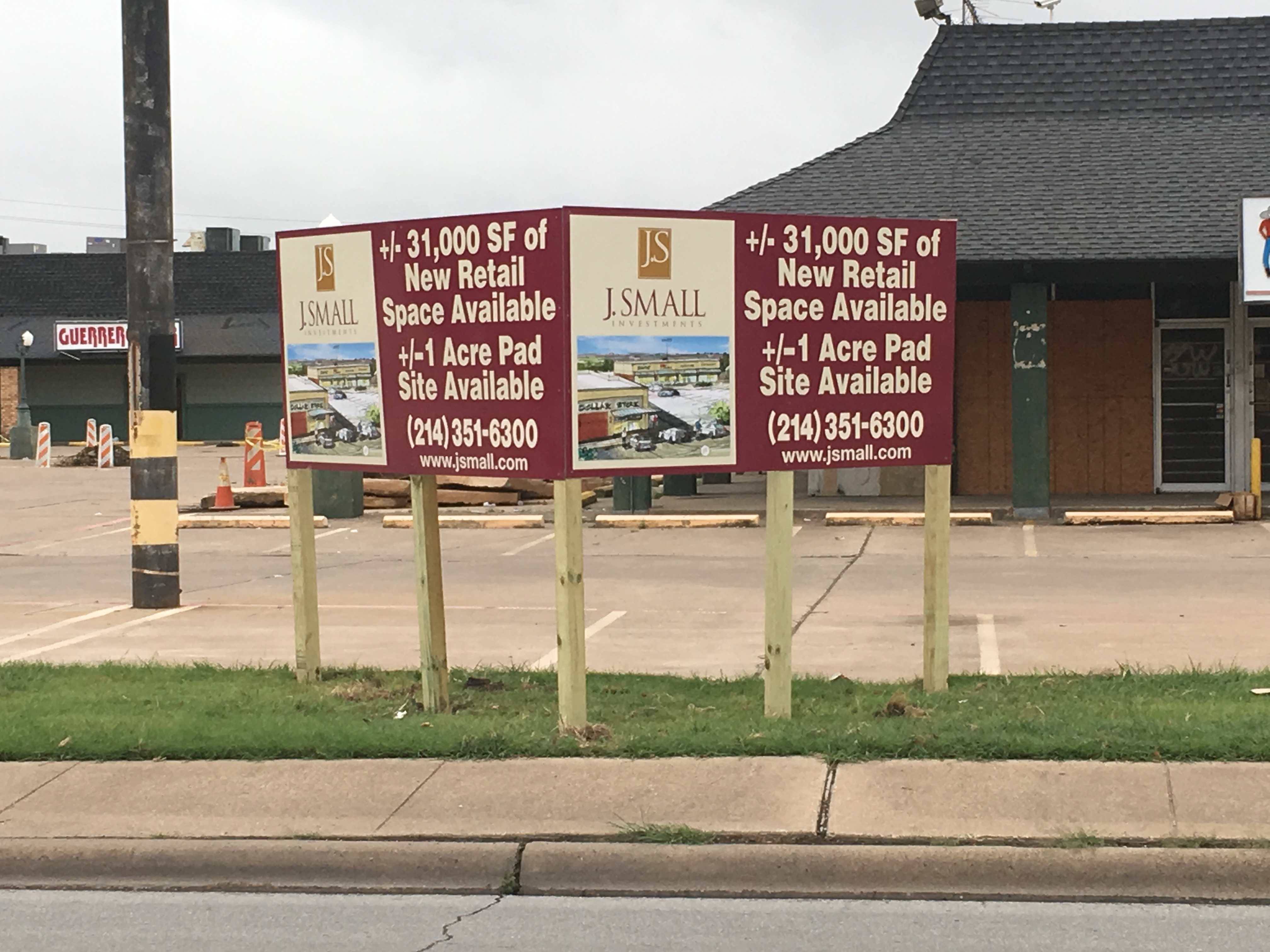 "V-Shaped ""For Lease"" Sign"
